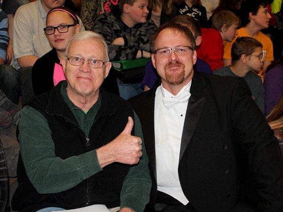 Hoemberg and Carlson 2016