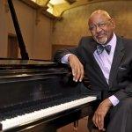 Roland-Carter-piano